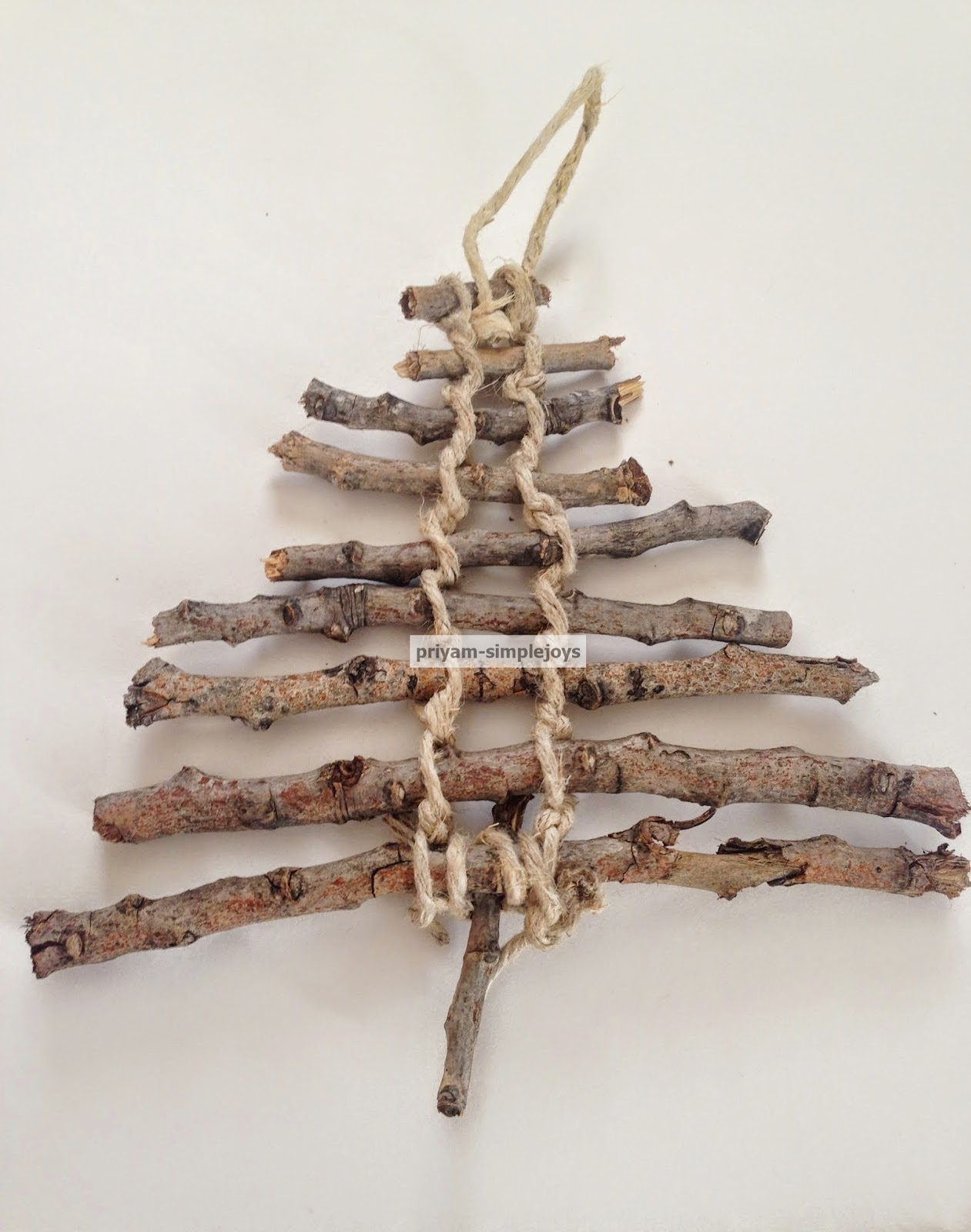 SimpleJoys: Twig/Rustic Christmas Tree