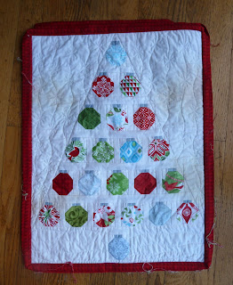 Alidiza: Tea Stained Christmas Baubles Mini Quilt