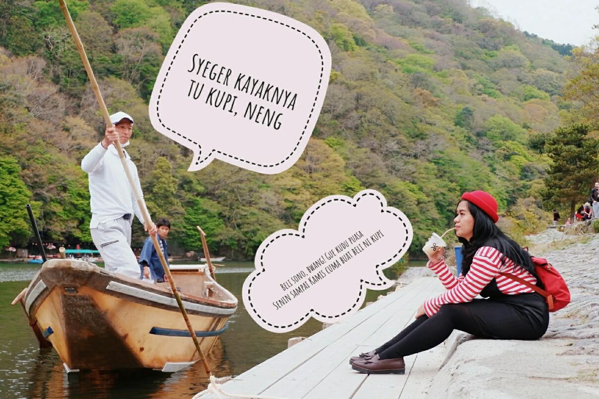 minum %Arabica Coffee di Arashiyama