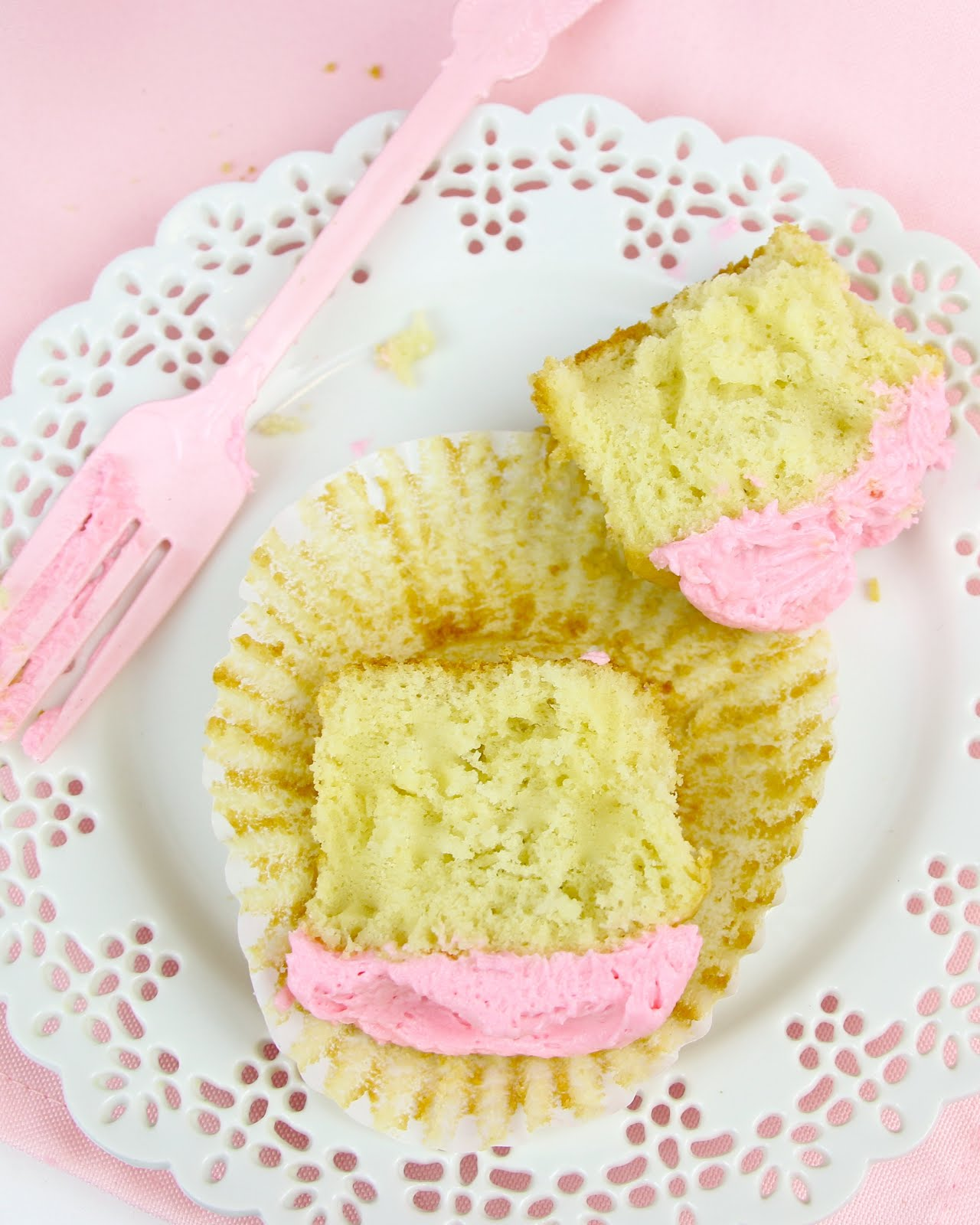 Award Winning Cake Recipes From Scratch: {VIDEO} THE BEST Vanilla Cupcakes From Scratch
