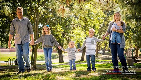 أفضل الأوضاع والوقفات لتصوير الأسرة.