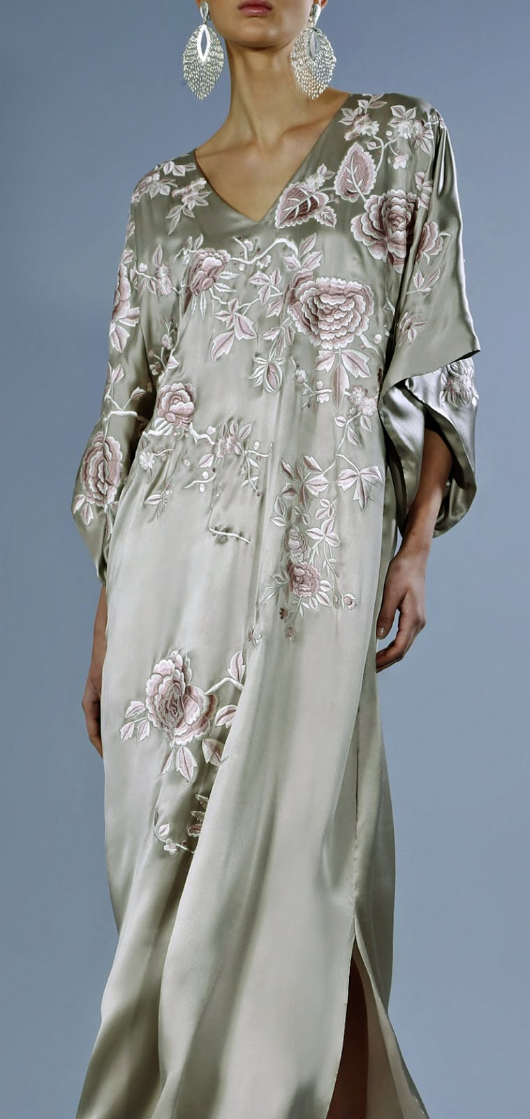 MUST HAVE SS\'18: Josie Natori Couture debuts exquisite caftans with ...