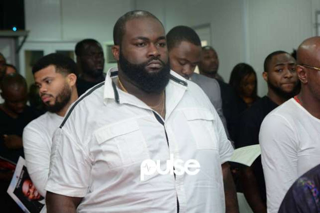 See Photos Of Davido, Sina Rambo, B-red,Others At Dj Olu's Burial