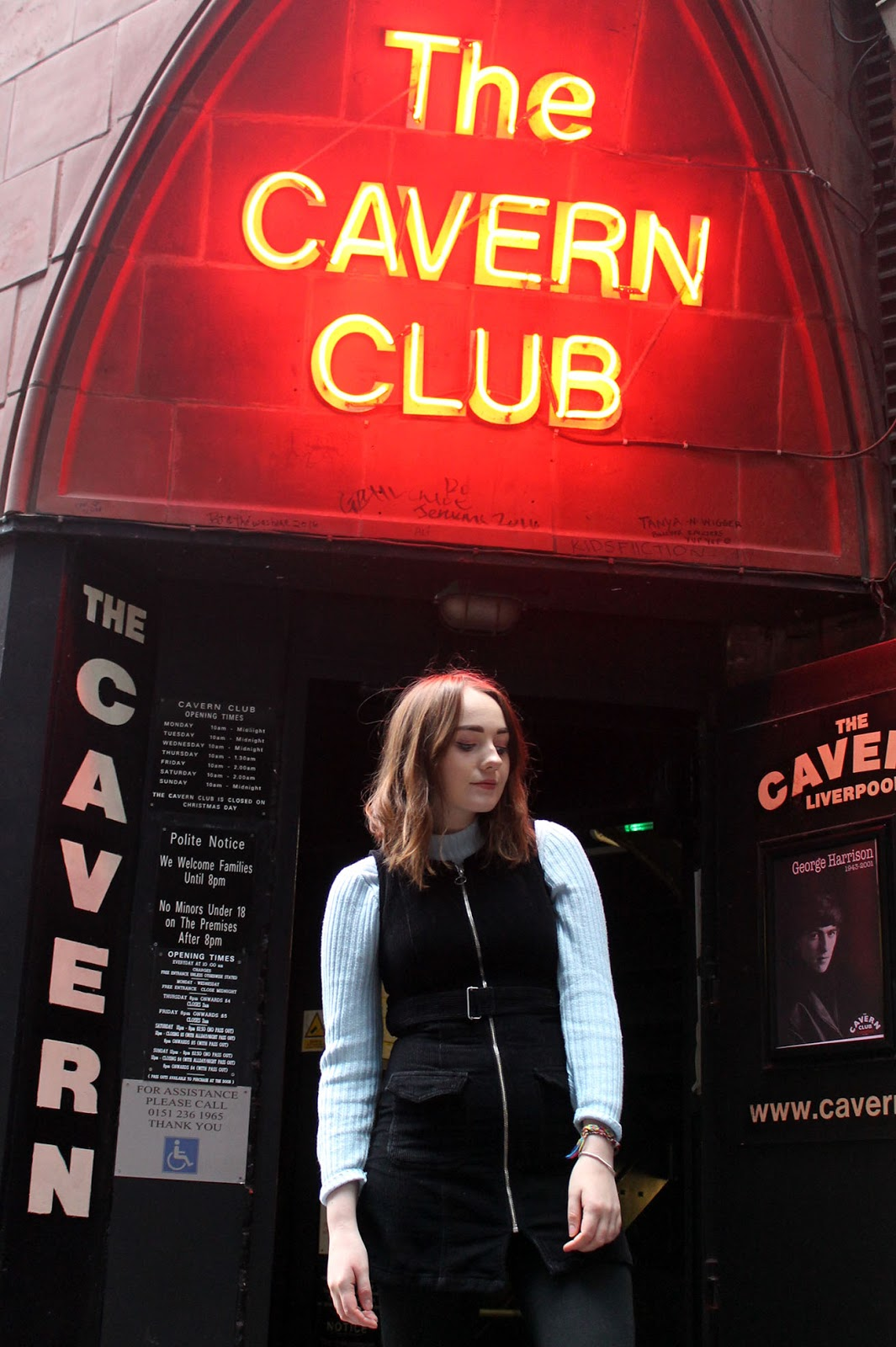 Liverpool based fashion blogger, 60s style outfit at the cavern, Mathew street Liverpool