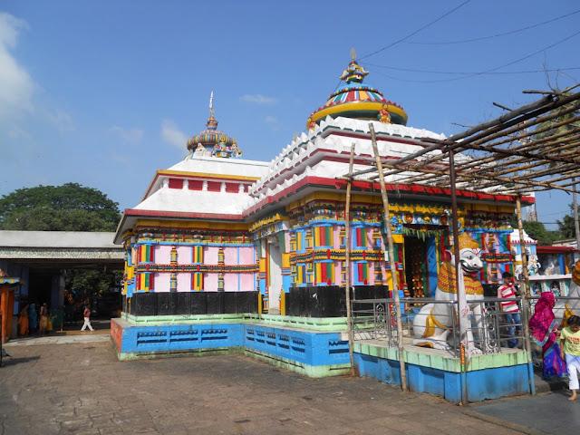 Ladoo Baba Temple 2