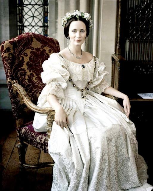 Figurino filme A jovem Vitória, vestido de noiva