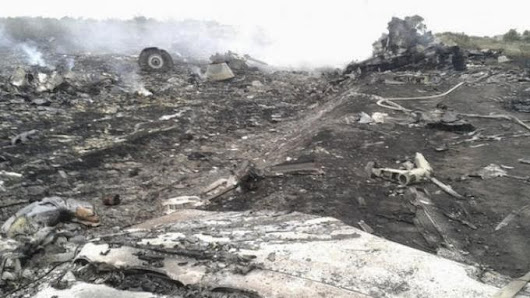 Foto Puing-Puing Pesawat Malaysia Airlines MH-17