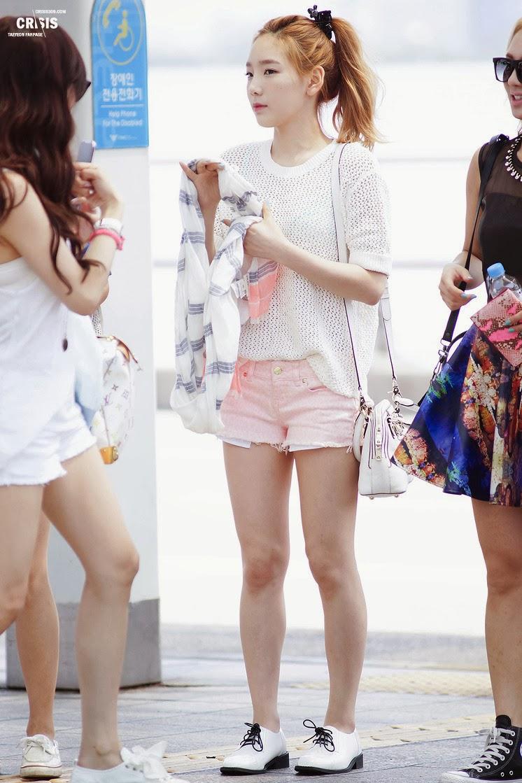 Snsd Taeyeon Airport Fashion Official Korean Fashion