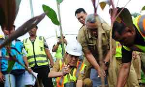 Pjs Walikota Palembang Tinjau Lokasi Taman LRT