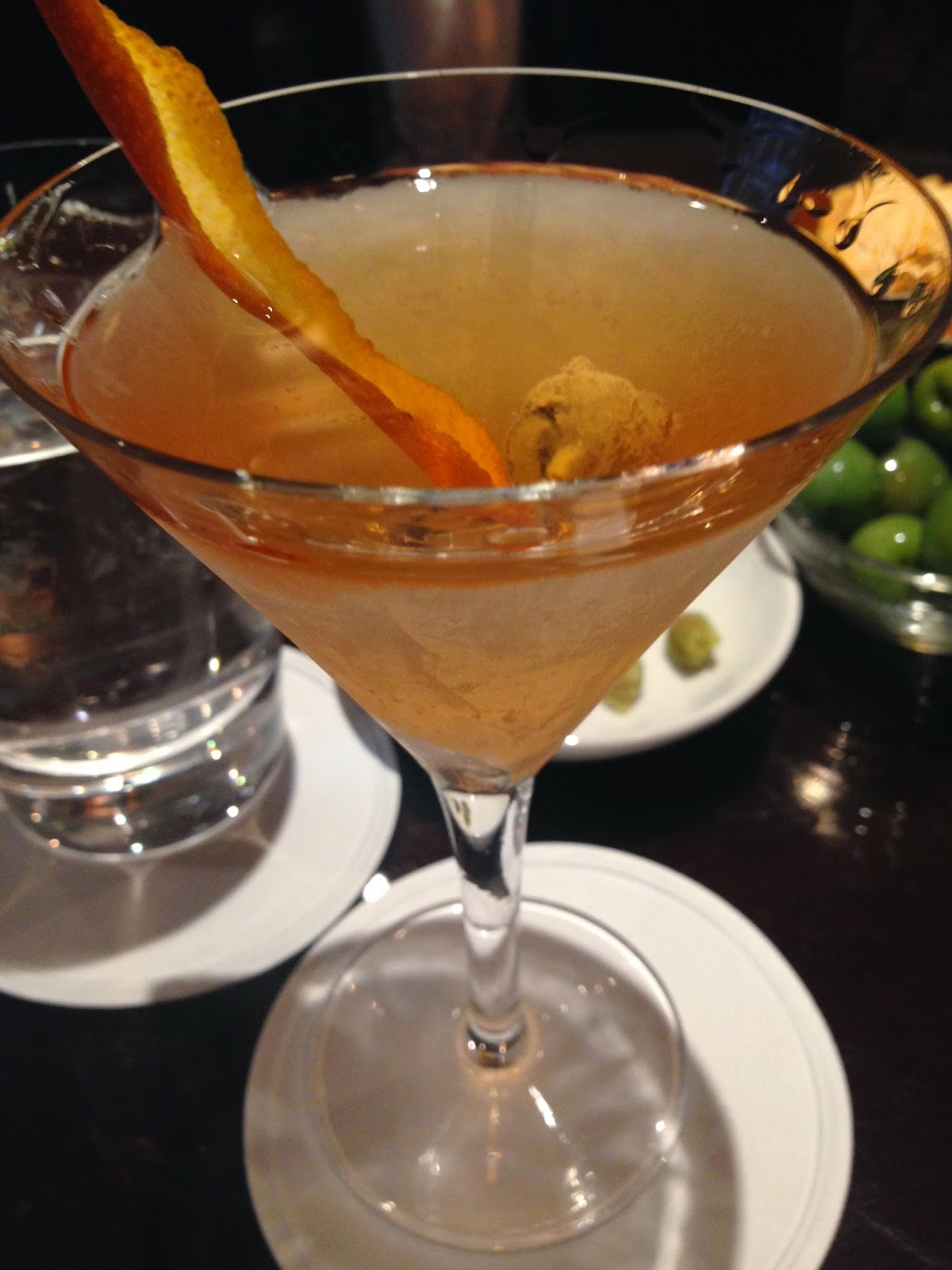 martini cocktail bond