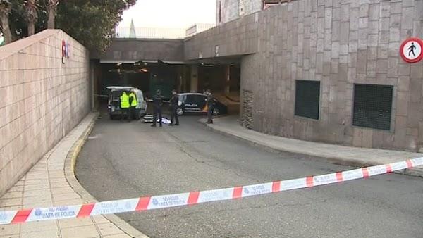 Investigan la muerte de un hombre en Las Palmas de Gran Canaria, estación de guaguas El Hoyo