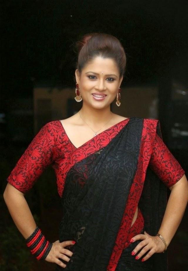 Shilpa Chakravarthy Latest Spicy Saree Stills