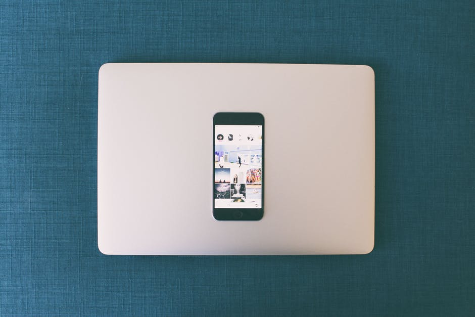 Suis-je accro aux réseaux sociaux ? #TAG les réseaux sociaux et moi ! Viens te tester !
