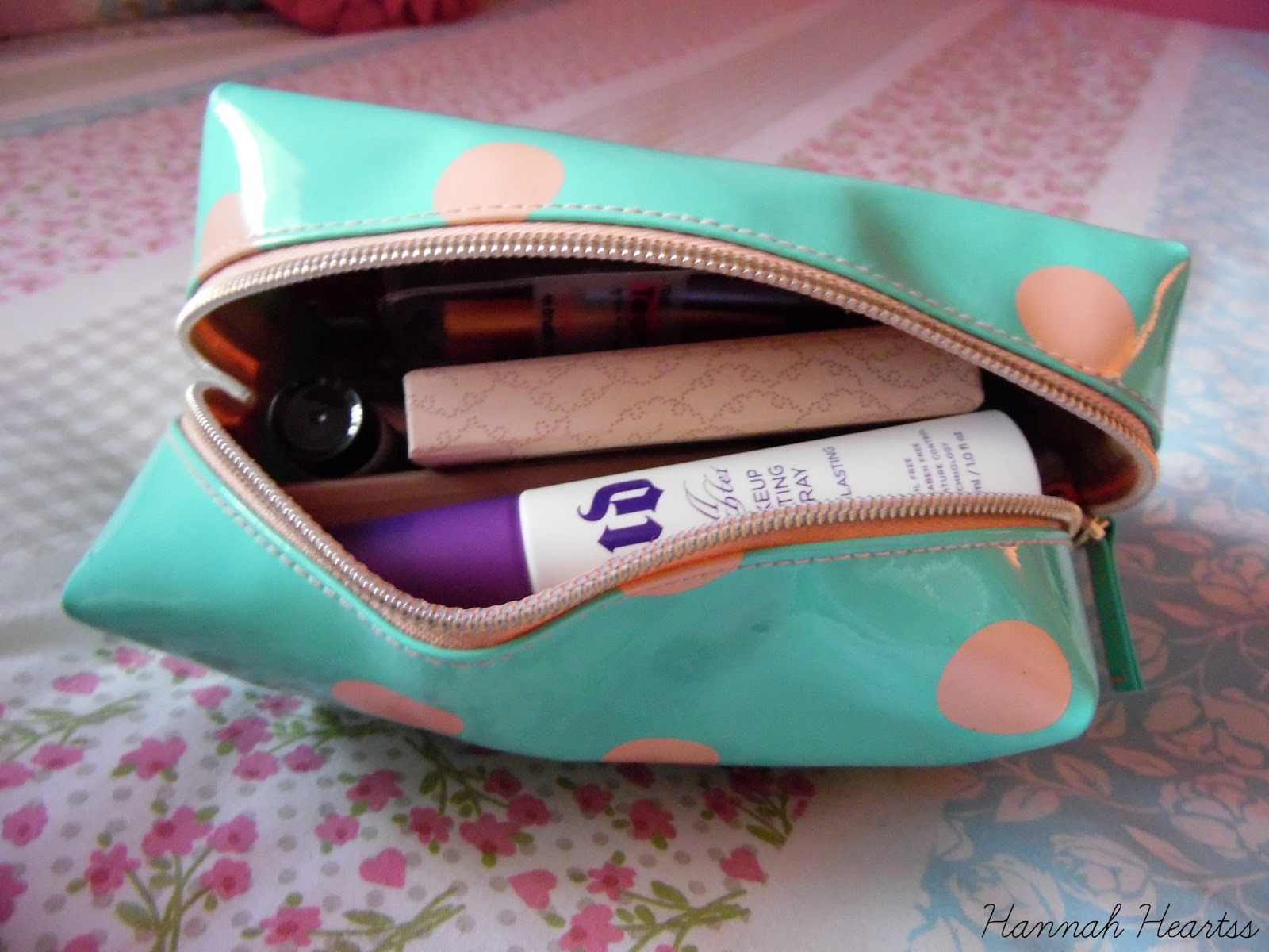 What S In My Makeup Bag Zoella