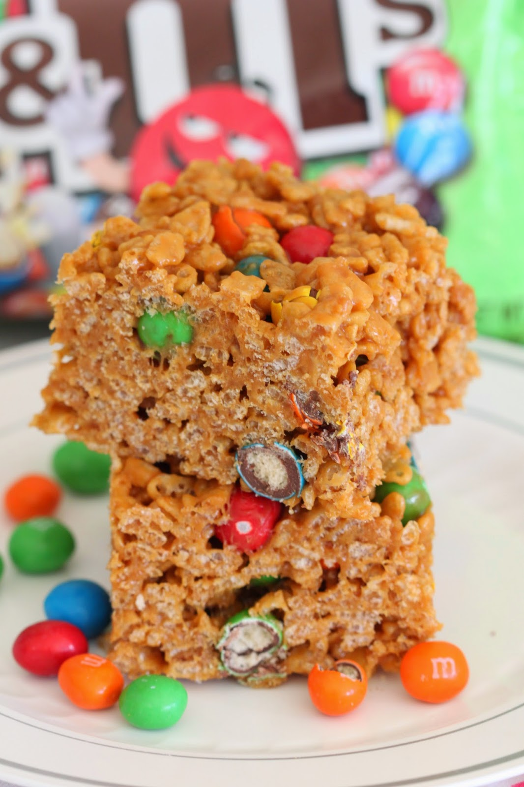 Dulce de Leche Rice Krispies with M&M's® Crispy | Tortillas and Honey