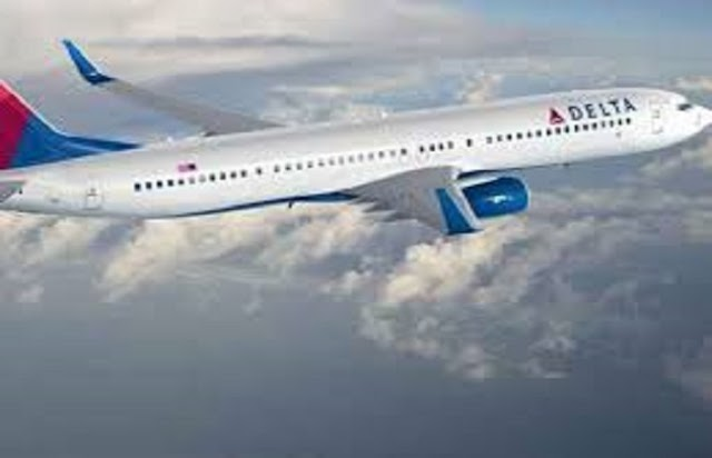 डेल्टा एयरलाइन के उड़ते विमान का ईंधन गिराने से 17 बच्चे बीमार