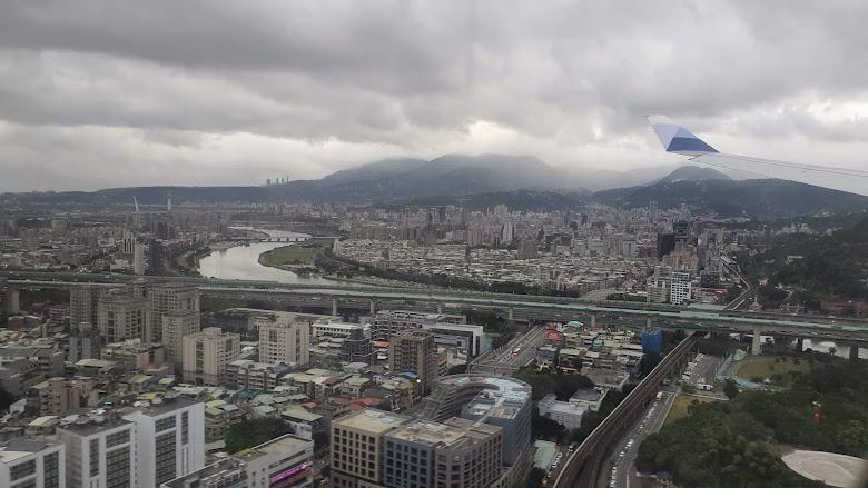 回到台北了