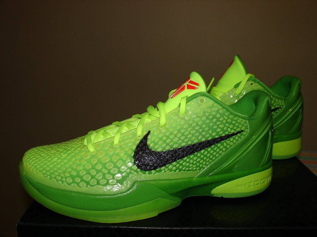 Nike Lebron Christmas Shoes