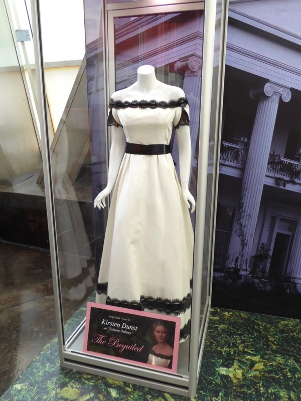 Kirsten Dunst Beguiled Edwina Dabney costume