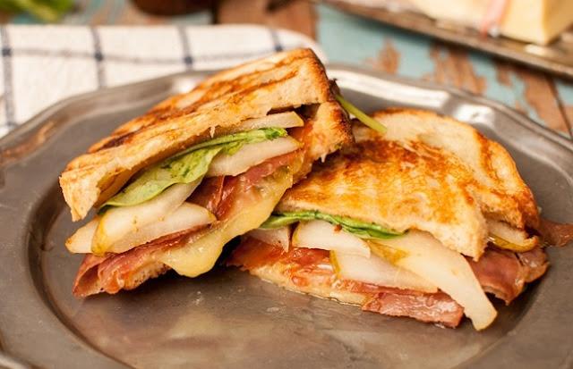 healthy breakfast pregnancy, pear and cheese breakfast sandwich, egg wrap