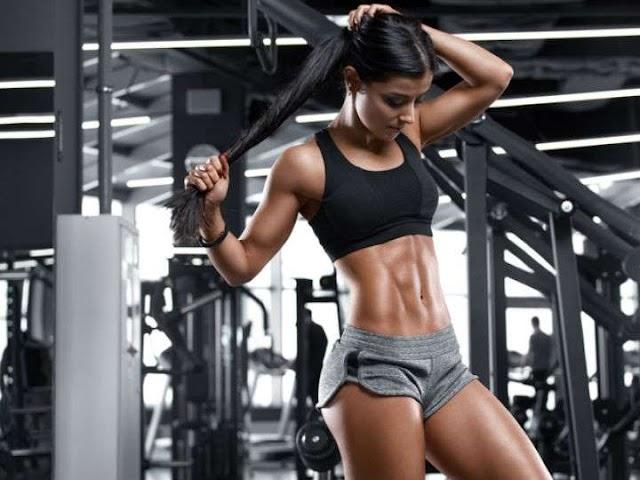 El ejercicio que más quema grasa y además rejuvenece