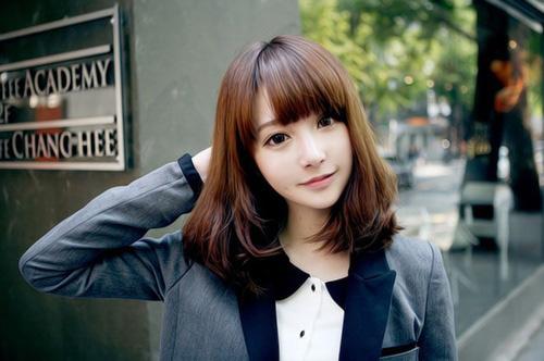 tren Model gaya rambut pendek wanita cewek terbaru j