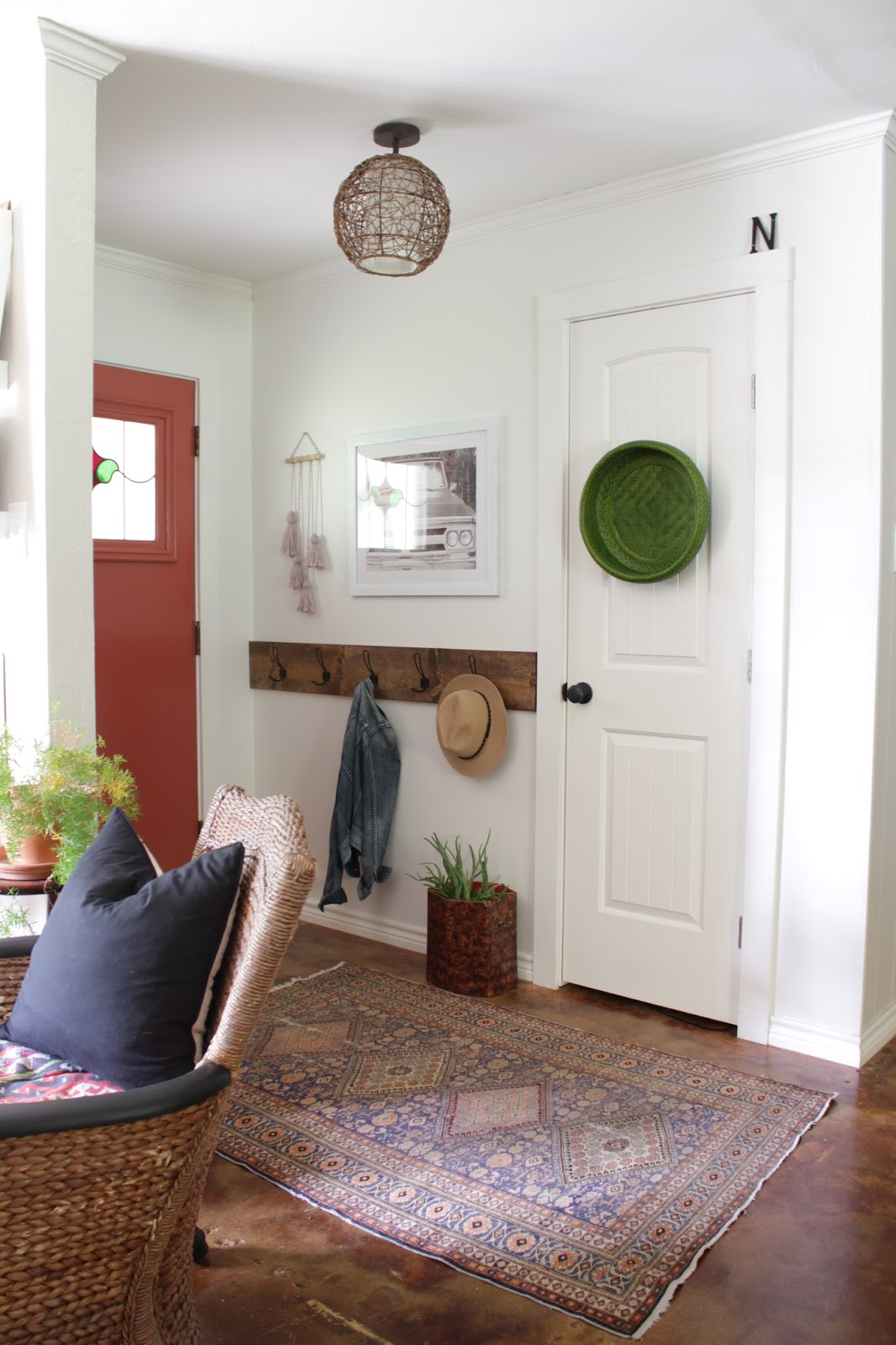 Entryway Table Round up | House Homemade