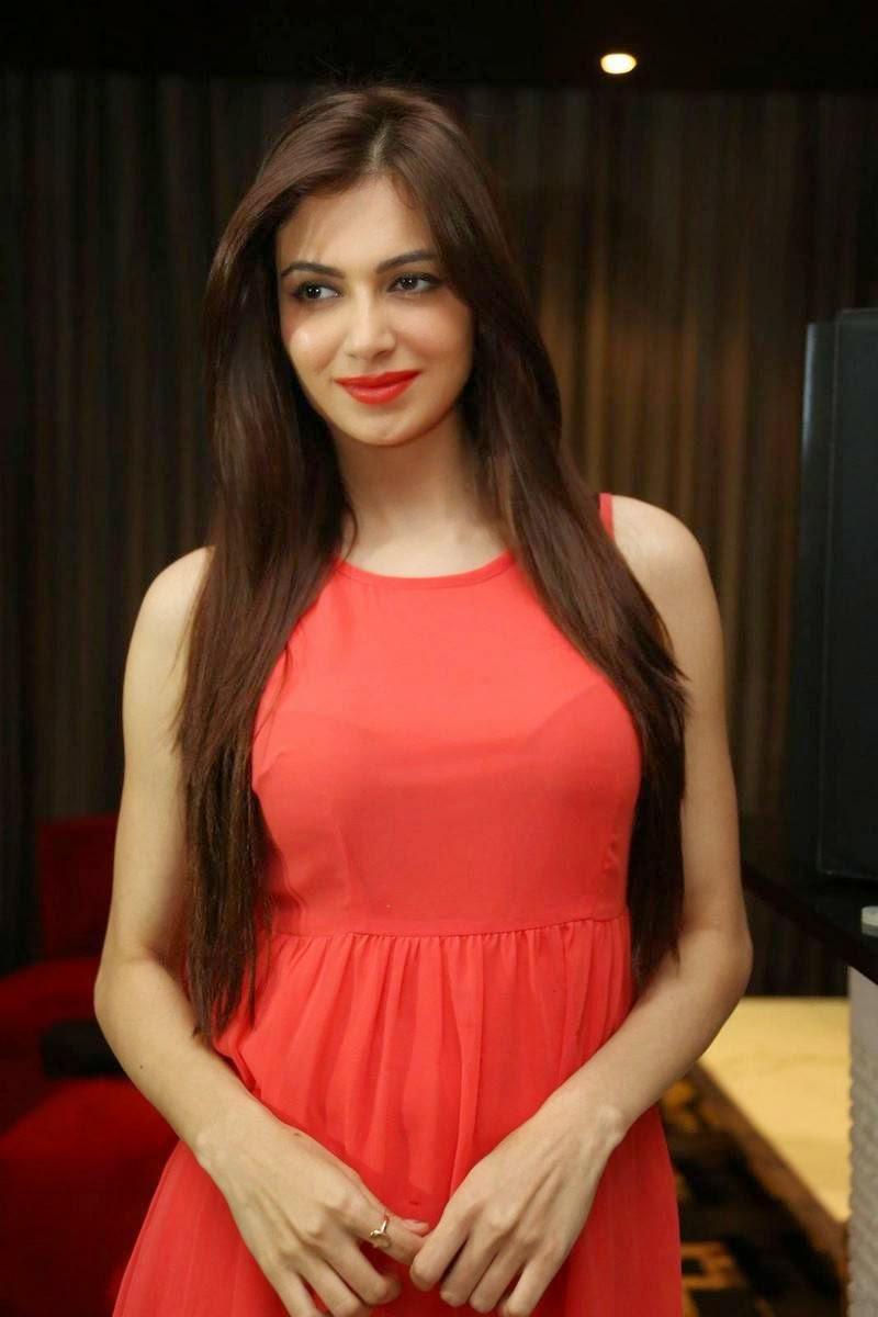 , Pics of Indian Girl in short Dress wearing long buits - Simran Kaur Mundi