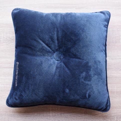 Purple Velvet Decorative Throw Pillows in Port Harcourt, Nigeria