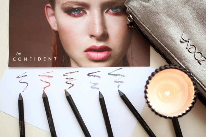 A beauty review and swatches of Zoeva Graphic Eyes Pencils