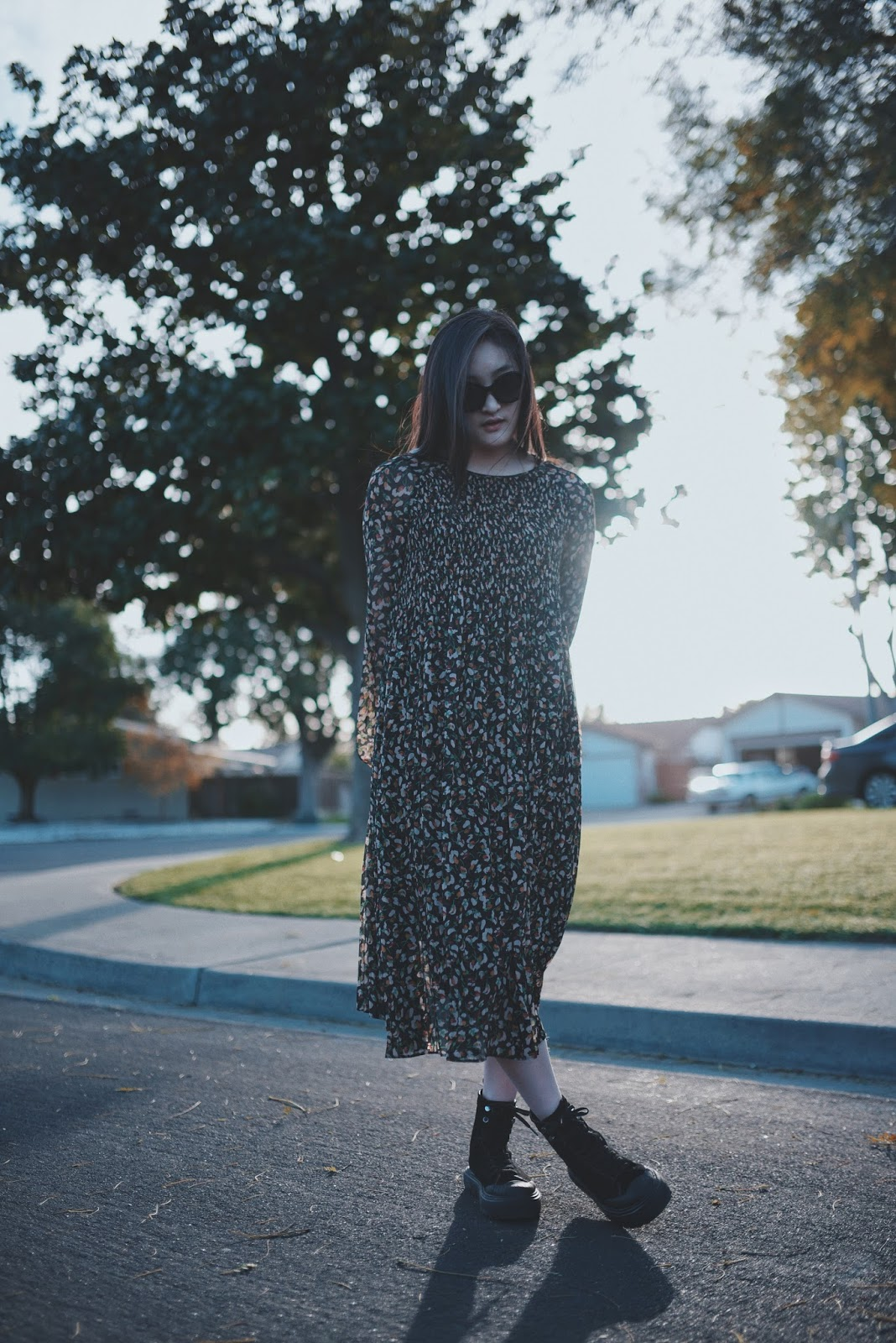FLORAL DRESS AND BLACK BOOTS | AESTE BLANC