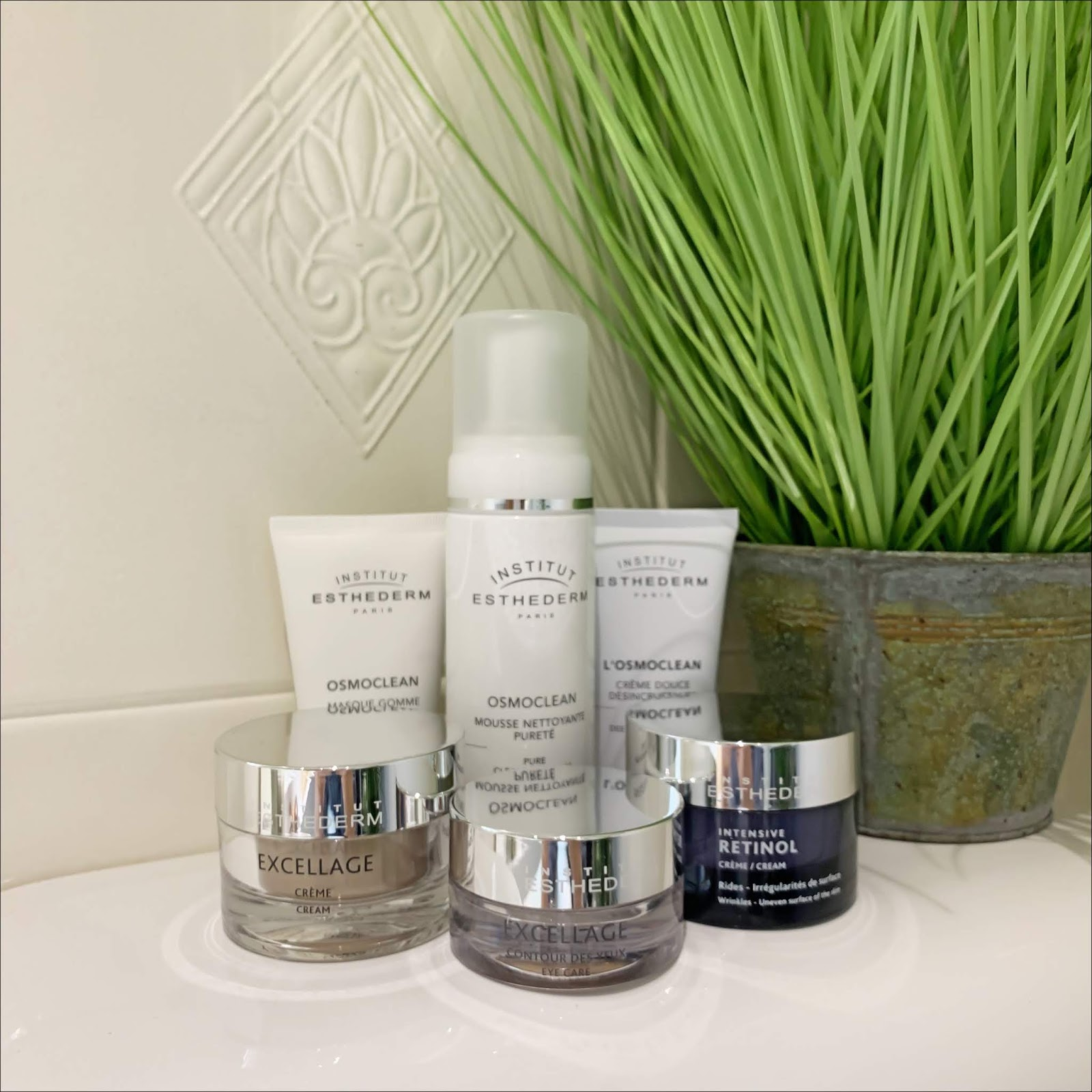 my midlife fashion, institut esthederm, institut esthederm osmoclean lightening buffing mask, insitut esthederm gentle deep pore cleanser, institut esthederm intensive retinol cream, institut esthederm excellage cream, institut esthderm excellage eye care, insitut esthederm gentle foaming cleanser