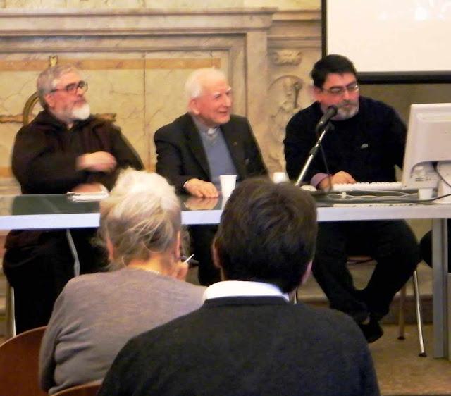 Pe Pfeiffer S.J. em confêrencia sobre o Véu da Verônica, Lucca, Itália