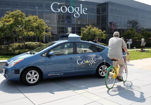 Vehículo sin conductor de Google se estrella contra un autobús