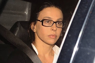 http://vnoticia.com.br/noticia/1419-esposa-do-ex-governador-cabral-volta-pra-cadeia
