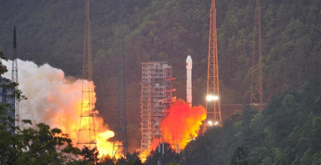 ChinaSat-16 launch on Apr. 12, 2017. Credit: Xinhua/Ye Lefeng