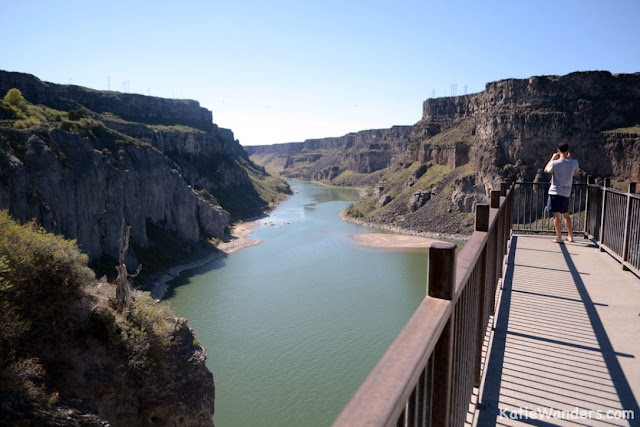 Shoshone Falls viewing deck