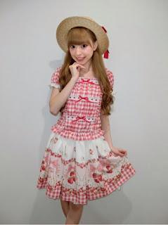 http://ameblo.jp/lizlisa-official/entry-12163900106.html