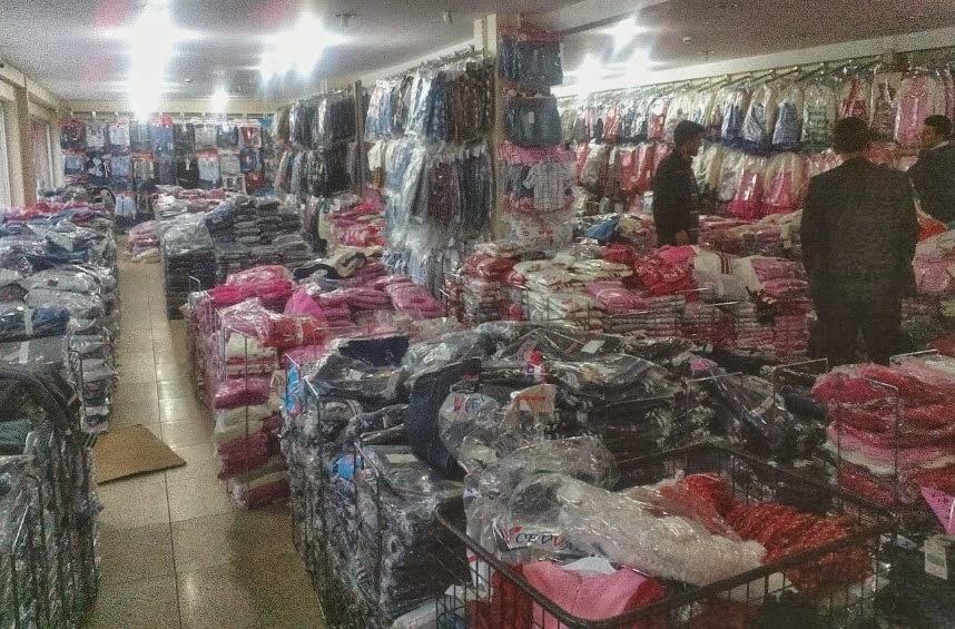 toptan çocuk giyim - bursa vişne bebe mağaza içerisi görünümlerinden