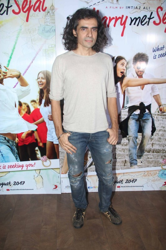 ShahRukh and Imtiaz Ali at Jab Harry Met Sejal Mini Trailer Launch