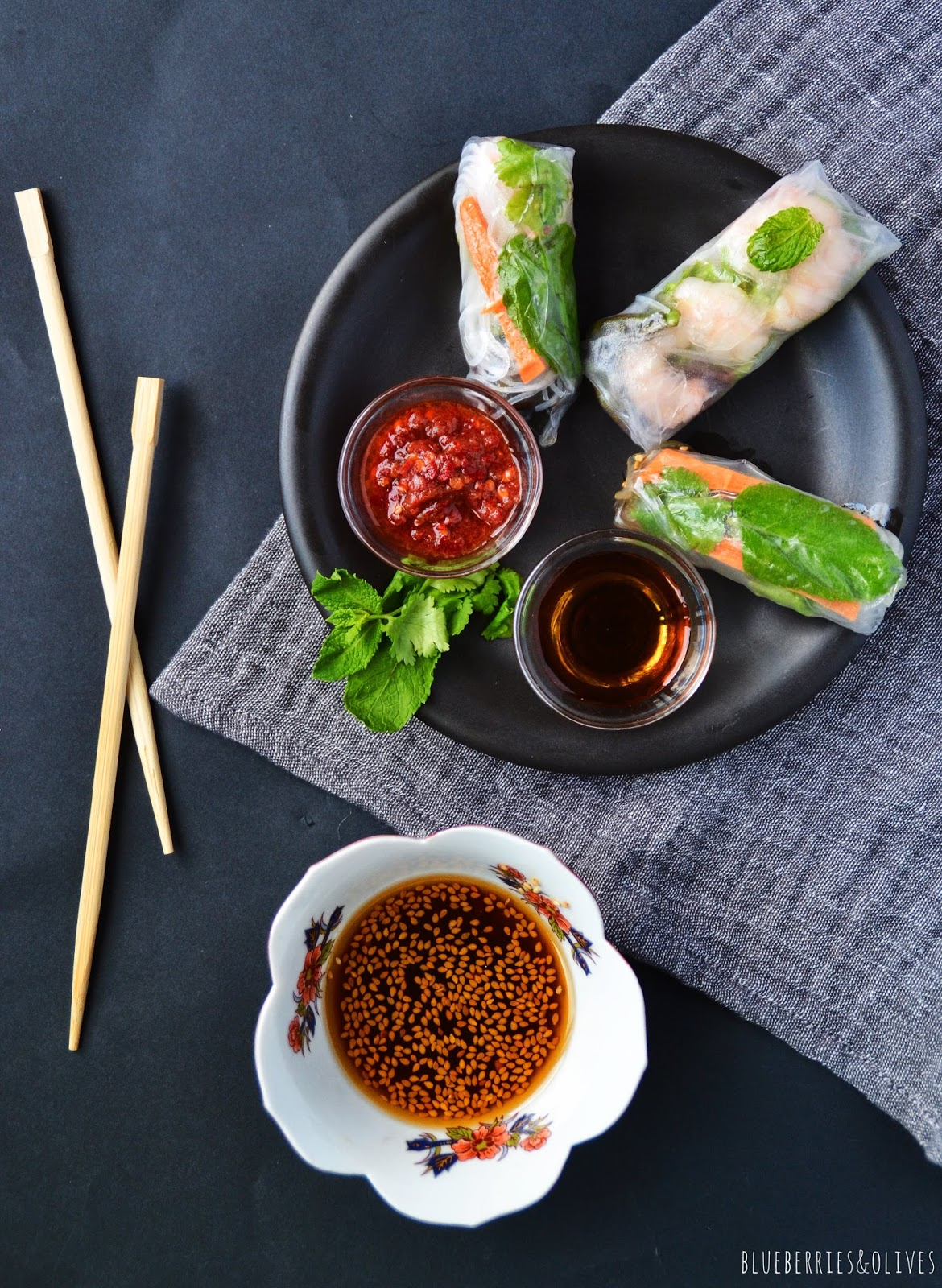 FRESH VIETNAMESE SPRING ROLLS WITH PRAWNS