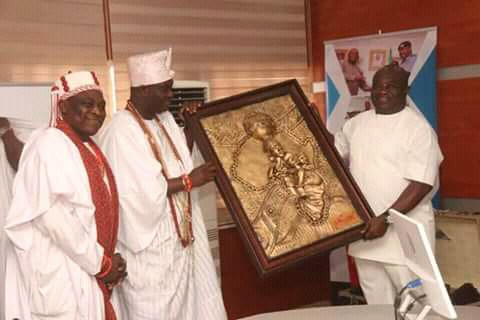 Ooni-of-Ife-visits-abia-governor