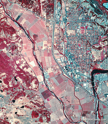 Sarah Pope's Map Catalog: Infrared Aerial Photo