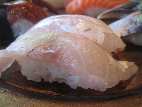 ซูชิปลากะพงแดง, ปลามะได (Madai)