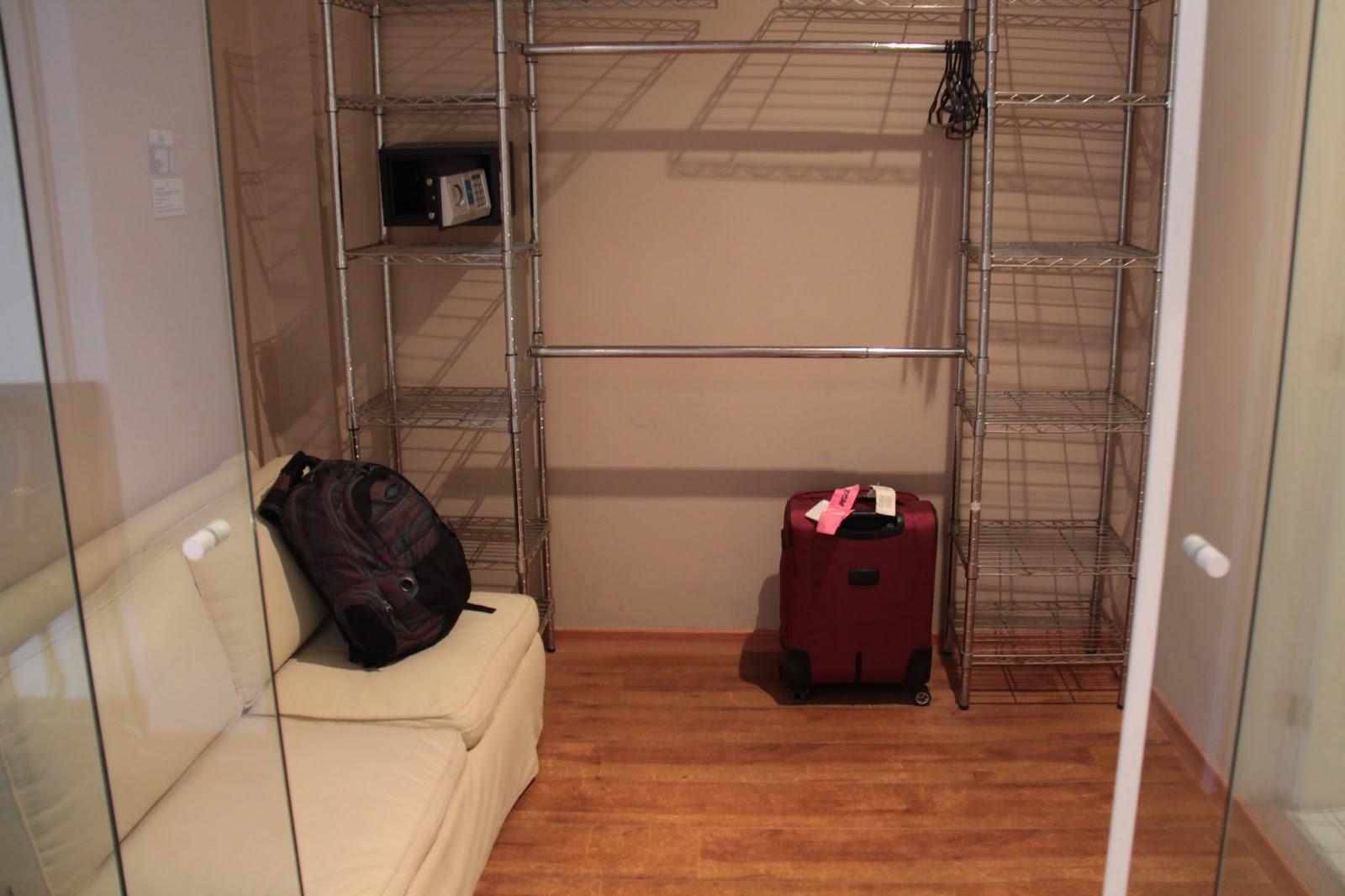 Imagens de #9A5831 Altos de Santa Teresa Guest House possui 3 tipos de suítes: Standard  1600x1066 px 3530 Blindex Banheiro Rio De Janeiro