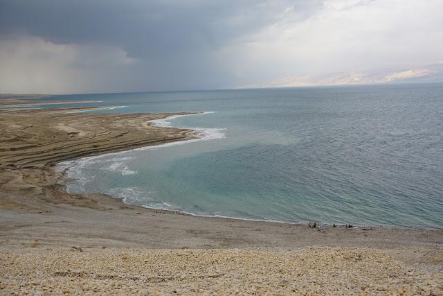 מעיינות חמים -עין קדם בים המלח