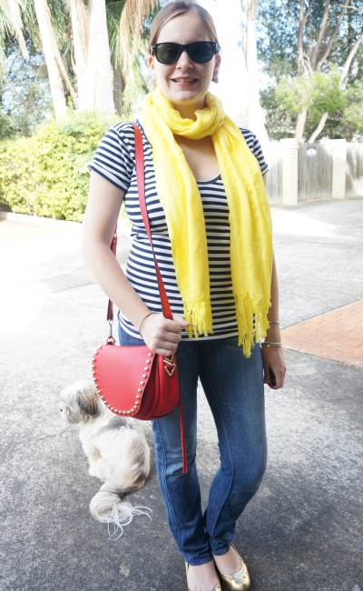 Away From Blue | Postpartum outfit: bright accessories to hide tired face