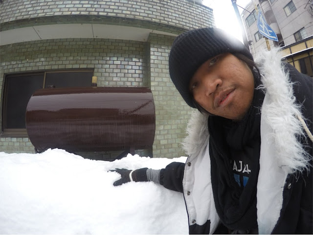 Salju di Pinggiran Rumah