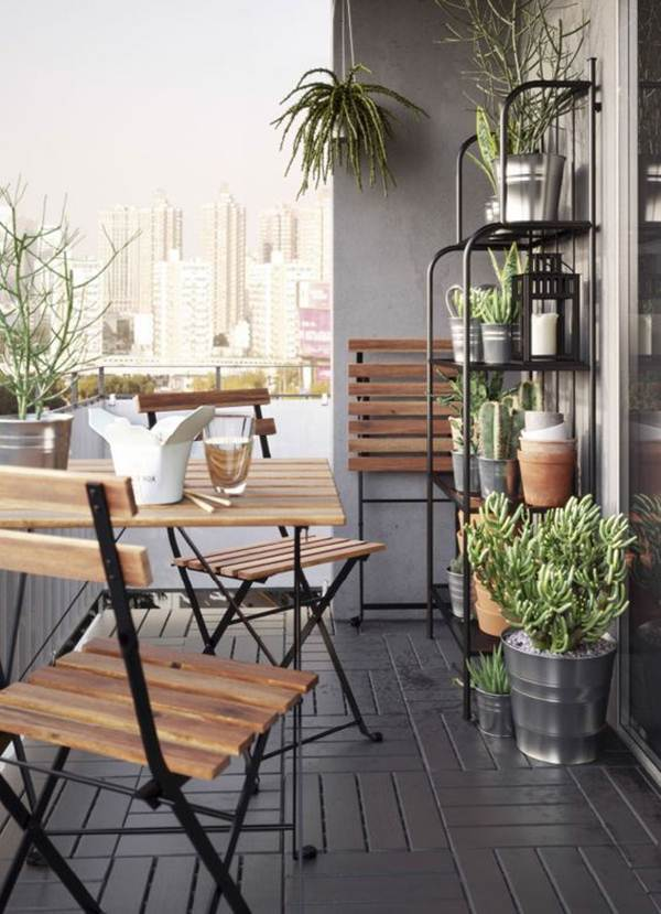 Ideas For Taking Advantage of Space in Small Balconies 10