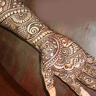Simple Brown Colored Mehndi Design For Hands